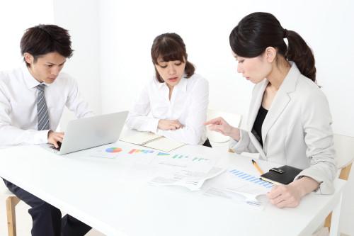 人事労務・給与計算の課題を解決 日本クレアス社会保険労務士法人